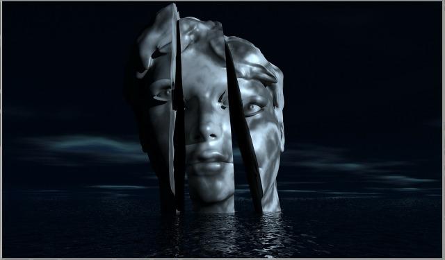 Split Head in Water by DasWortgewand